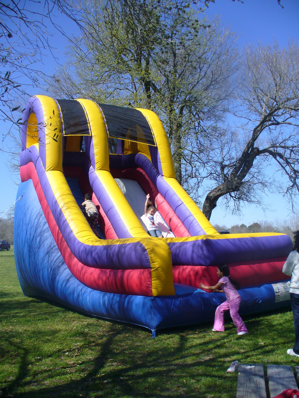 Giant slide can do - The giant slide apartament ...